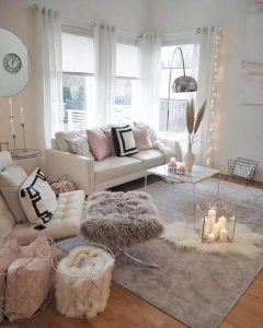 Winter Styling 101: The Coolest Home Decor Ideas for a Cosy Space
